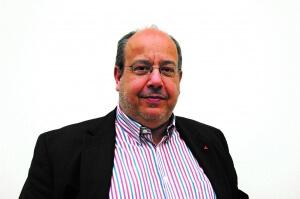 Bernard Persoons - CEO